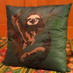 Cuscino bradipo, colori per stoffe su cotone