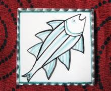 A lezione di pittura su ceramica